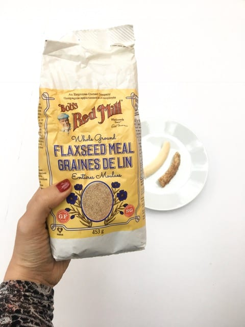 let baby eat food with healthy fats coming from flaxseed meal